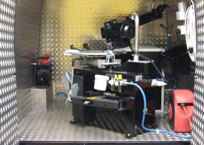 mobile-smart-van-installations-1
