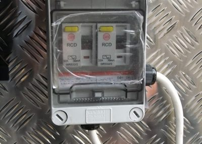 mobile-smart-van-installations-21
