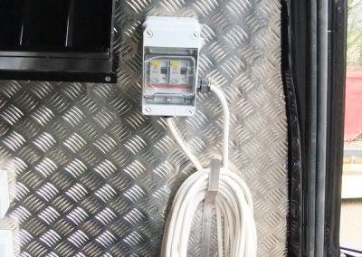 mobile-smart-van-installations-4
