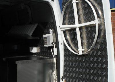 mobile-smart-van-installations-40