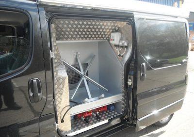 mobile-smart-van-installations-43