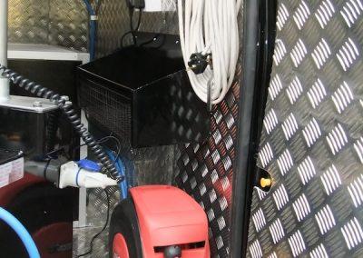 mobile-smart-van-installations-7